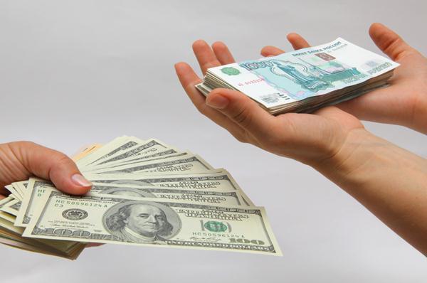 заработать доллары, рубли