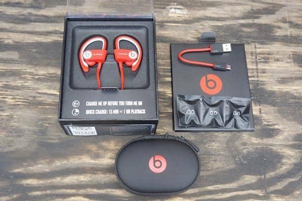 powerbeats-inear-headphones